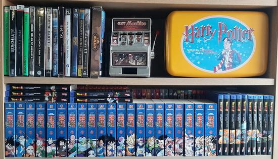 Videospiele / Hörspiele / diverse Bücher